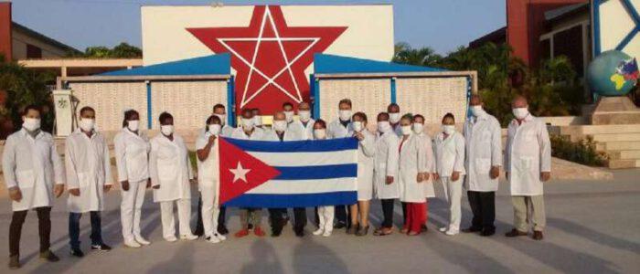 Echarren anunció que pedirá médicos cubanos