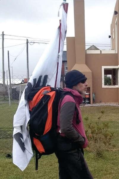 Camina 400 km por justicia