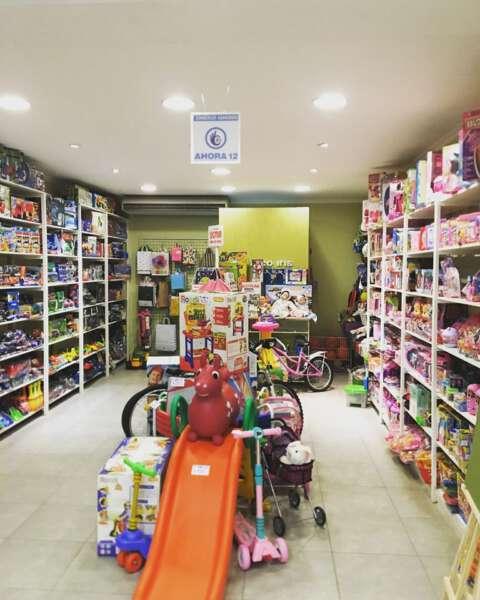 """Día las infancias: """"la gente está volviendo a los juguetes clásicos y juegos de mesa"""""""