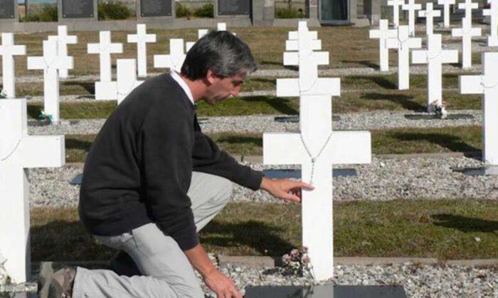 Julio Aro «El premio Nobel ya lo tengo desde el día que la madre de un hermano caído en Malvinas me dio un abrazo»