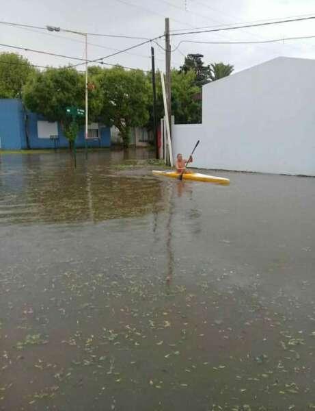 Lezama: lluvia, granizo y una vuelta en kayak