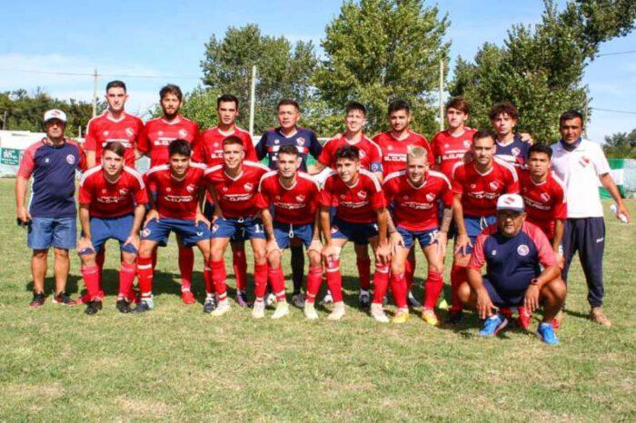 COPA CLUB DOLORES: Independiente ganó y se metió en semifinales
